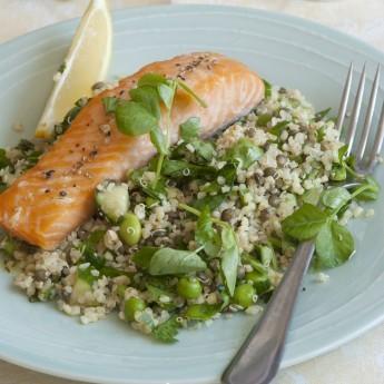ricetta Salmone con cous cous e verdure