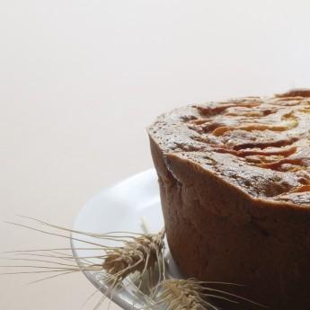 ricetta Torta di farro e albicocche