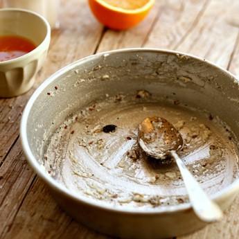 ricetta Quadrotti ai semi con cocco mandorle e succo d'arancia