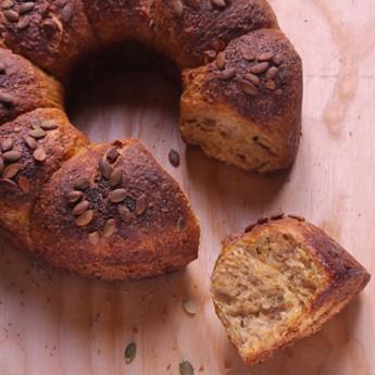 ricetta Corona di pane zucca e caprino
