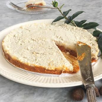 ricetta Torta crudista alle bacche di goji con crema di anacardi