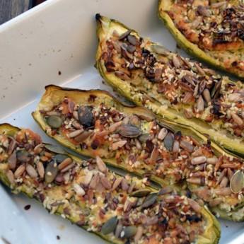 ricetta Zucchine ripiene di ricotta e mix di semi mediterranei
