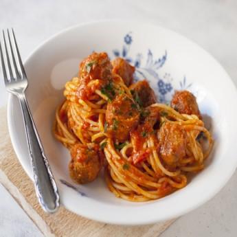 ricetta Spaghetti e polpette al sugo vegani