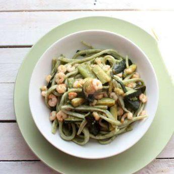 ricetta Spaghettoni quadrati con alghe in fiocchi