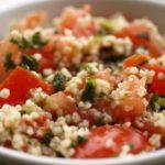 piatto con insalata di cous cous